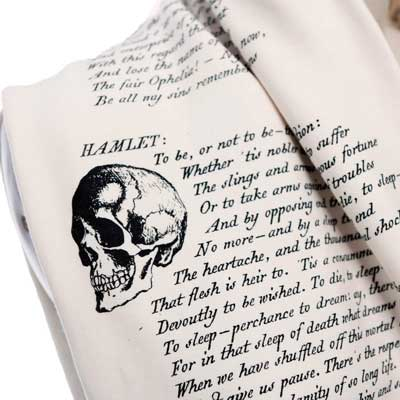 literary scarves Hamlet