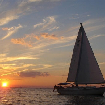 Sunset Sail & Beer Tasting Tour