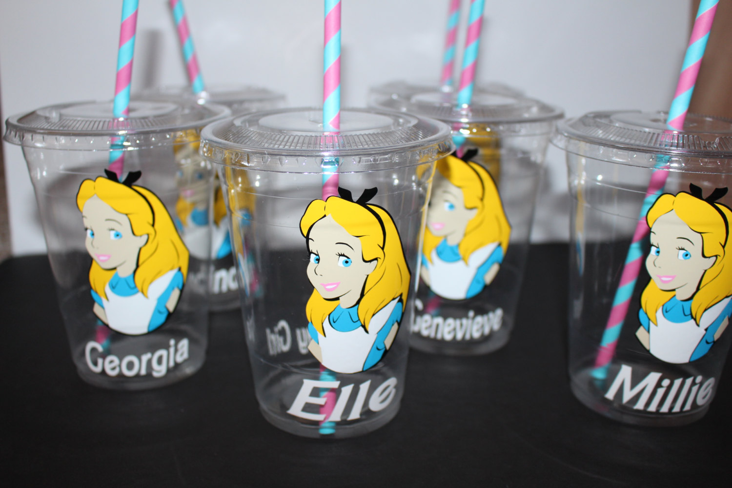 alice in wonderland party cups