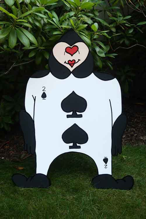 playing card stand up
