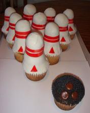 bowling pin cupcakes