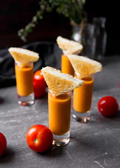 grilled cheese and tomato bisque shooters