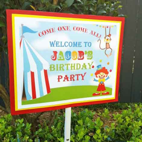 personalized carnival yard sign