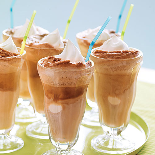 carnival party drinks root beer floats