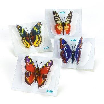 bufferfly flickers