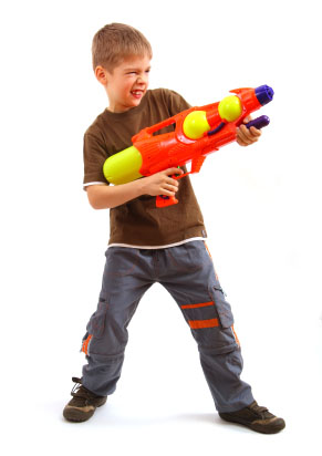 kid with water gun