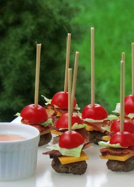 mini burgers on sticks