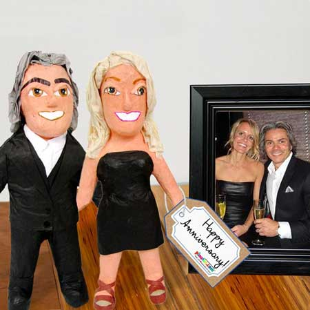 mini me mail-a-pinata