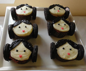 star wars birthday party princess leia cupcakes