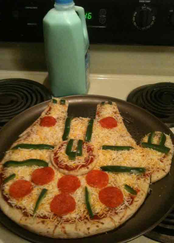 star wars pizza millenium falcon