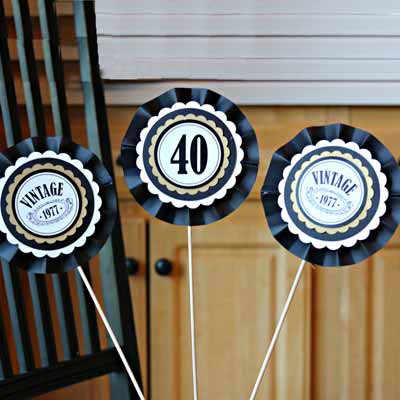 Black and Gold Vintage 40th birthday decorations