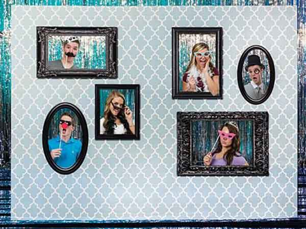 photo booth frame wall