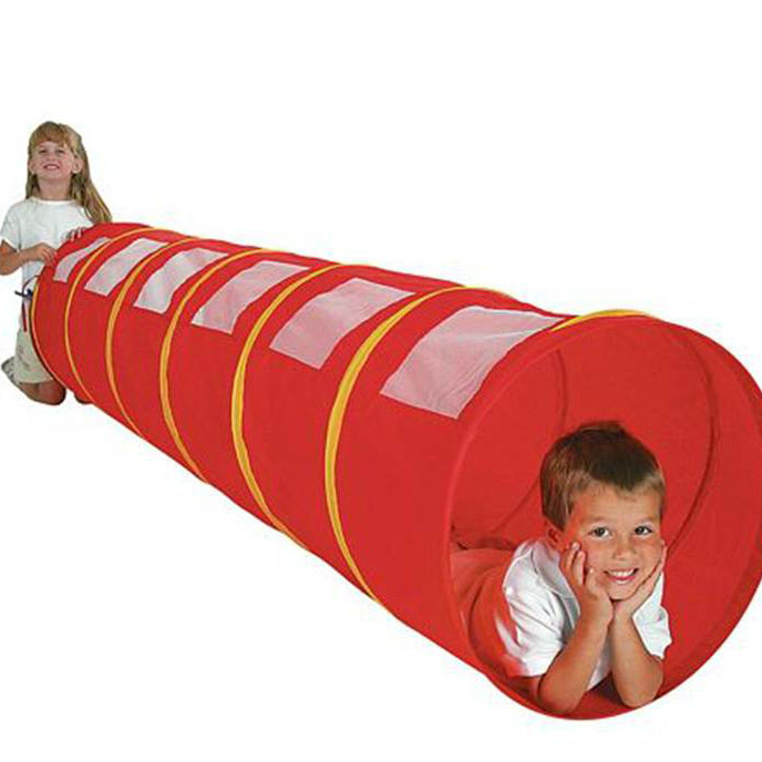 kids play tunnell