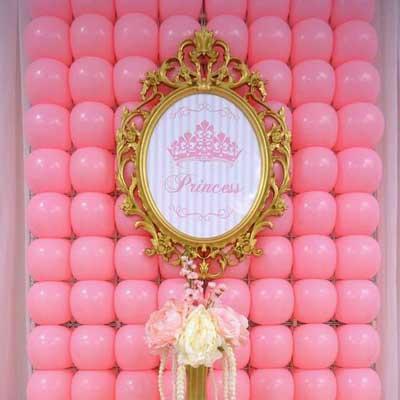 pink balloon grid wall