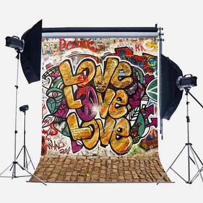 graffitti love photographic backdrop