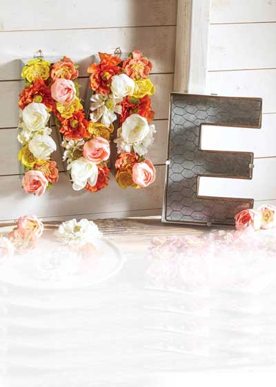 planter floral letters