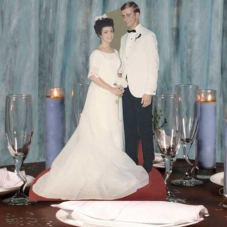 custom photo miniature standee bride & groom