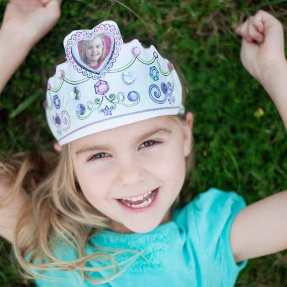 color your own princess tiara