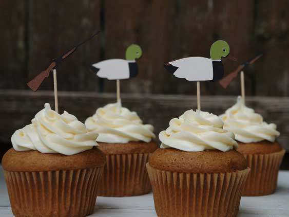 redneck cupcake toppers ducks and rifles