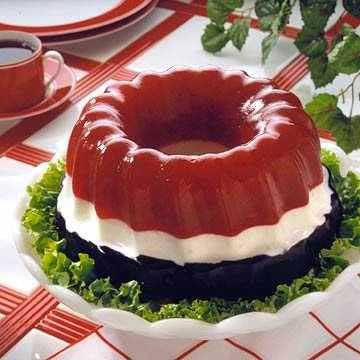 red white and blue jell-o ring