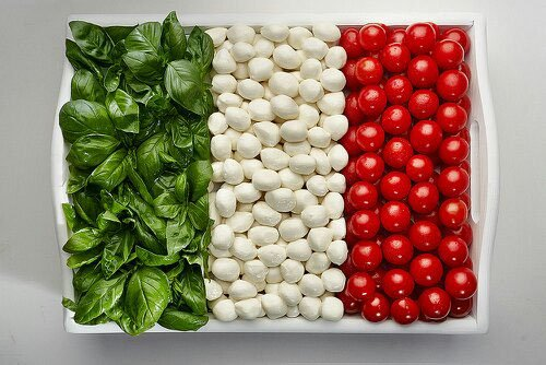 italian flag made of food